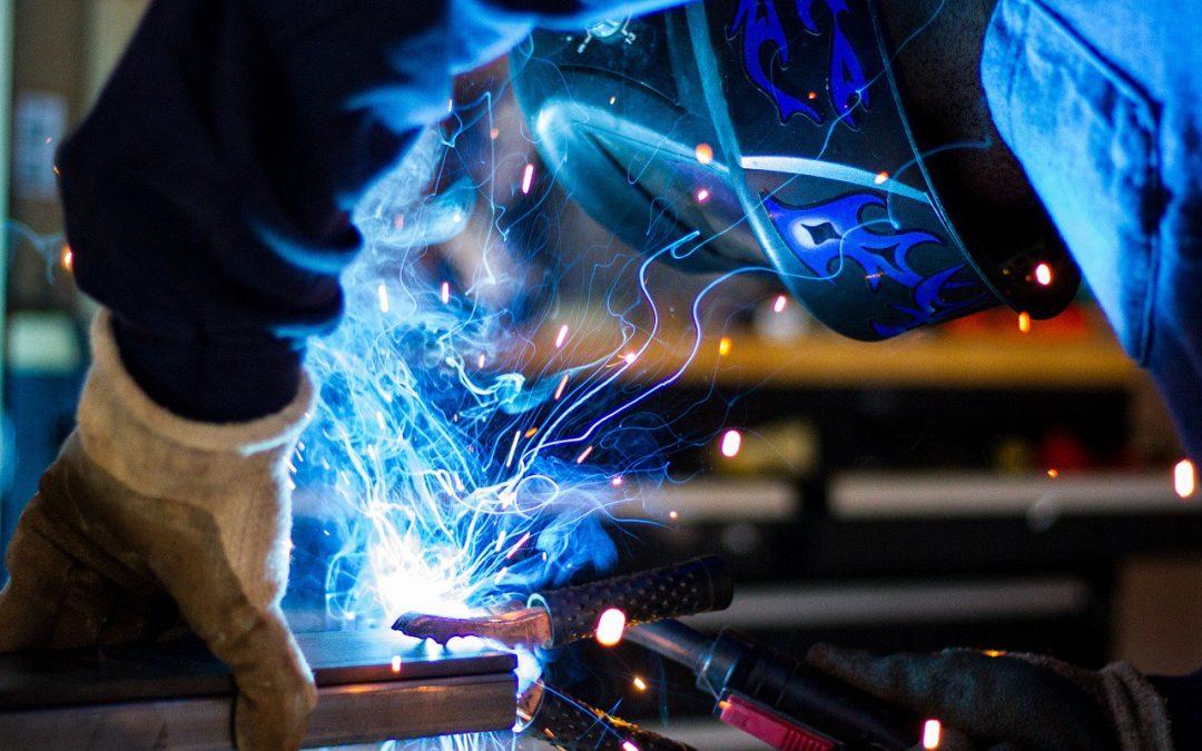 [Infographic] Hoosier welders Needed to Help Keep America Moving